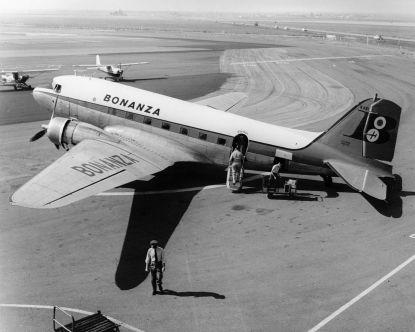 1279px-Bonanza_Airlines_Orange_County_Airport_circa_1958